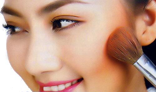 Hướng dẫn cách trang điểm dành cho khuôn mặt dài