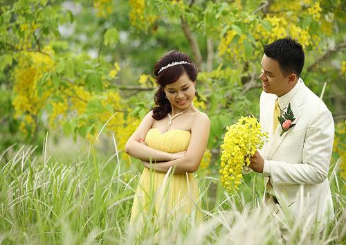 Bộ ảnh 1phayHạnh phúc bất tận1phay chụp tại cánh đồng cỏ lau Cát Lái, Quận 2.